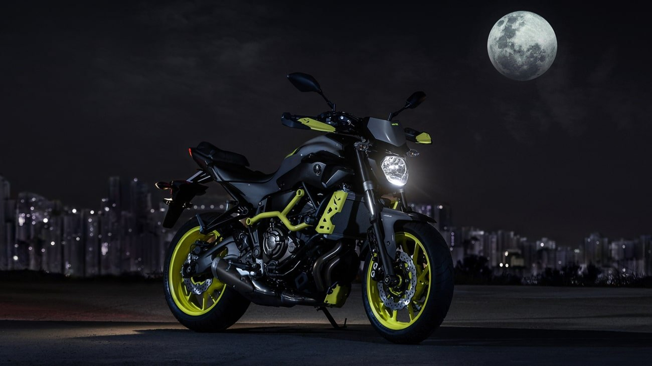 2016 Yamaha MT-07 Moto Cage with grey and fluoro yellow colour scheme