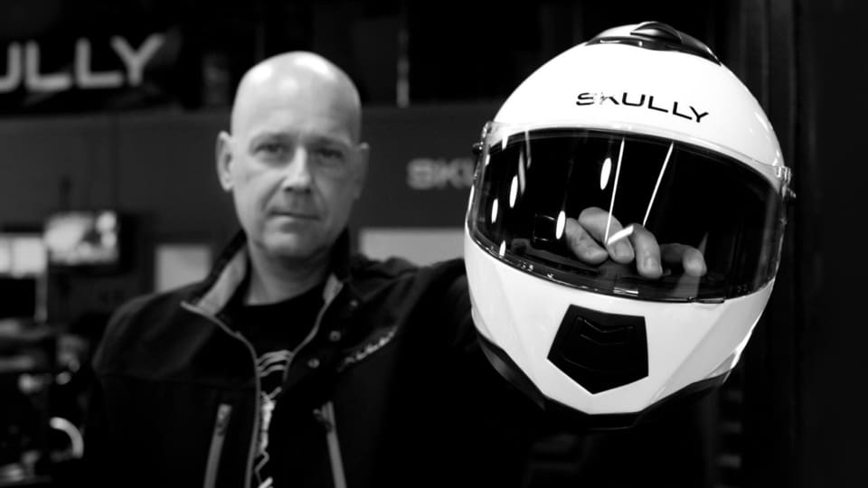Skully CEO Martin FitcherSkully CEO Martin Fitcher with Skully AR-1 helmet