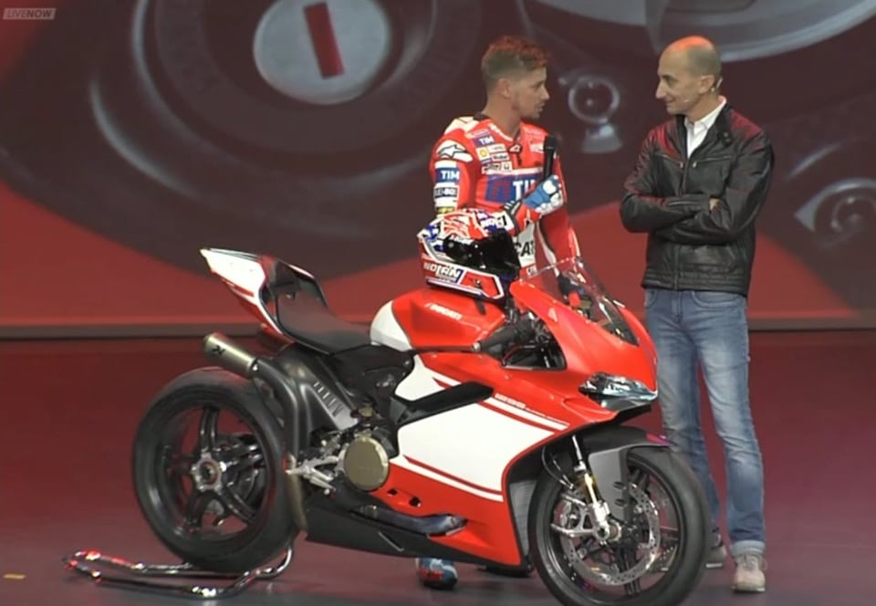Casey Stoner and CEO Claudio Domenicali unveil the 1299 Superleggera.