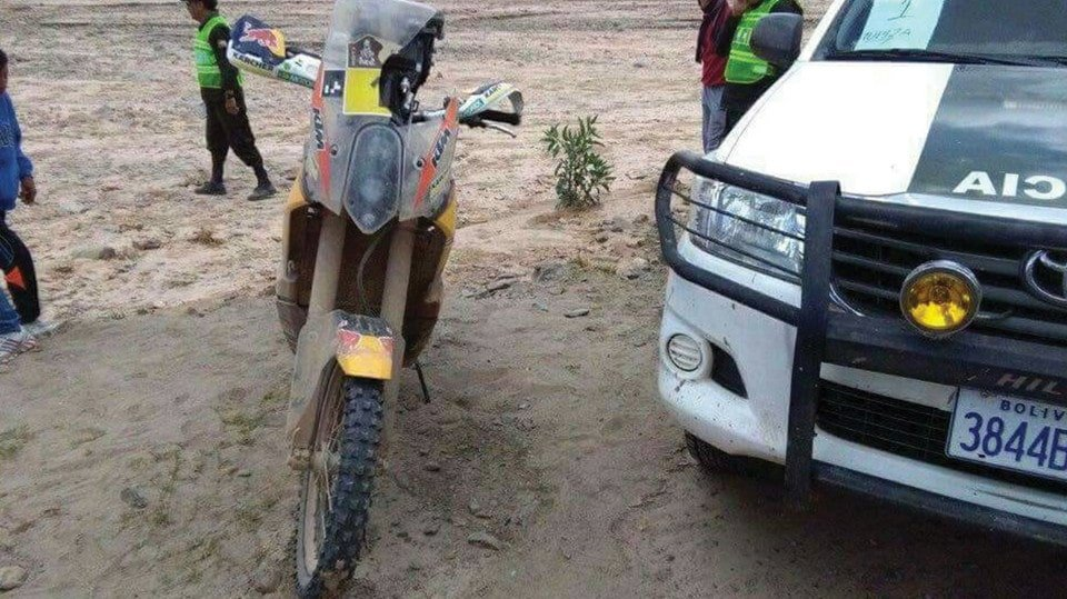 Toby's KTM 450 Rally Replica after the crash